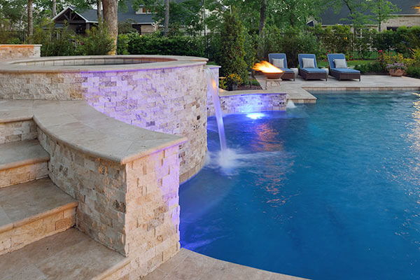 houston-pool-builder-outdoor-elements-pool-fire-feature